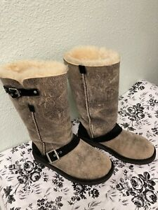 Ugg Boots Size 6 Dylyn