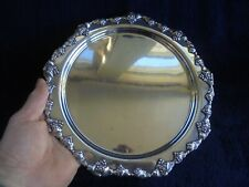 VINTAGE STRACHAN AUSTRALIAN SILVER PLATE BUTLERS SERVING TRAY GRAPE AND VINE