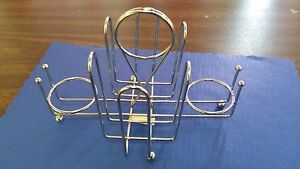 SALT, PEPPER & SUGAR RESTAURANT CONDIMENT/MENU HOLDER METAL WIRE RACK ( ONE )