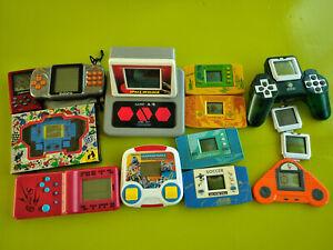 Lot de jeux électroniques divers : sunwing, etc.
