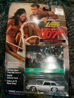 Johnny Lightning James Bond 007 Movie Thunderball Aston Martin D5 BRAND NEW