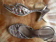 nº 40 REBAJAS preciosas sandalias tacon plata platafaforma mujer talla  flores
