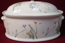 MIKASA china SKETCH BOOK UP002 pattern 1.75qt Oval Covered Casserole