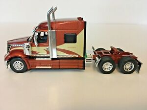 International Lonestar Tractor Cab Only 1/64th Scale DCP First Gear DAMAGED