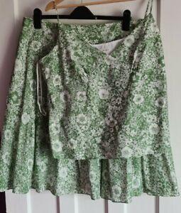 Gorgeous Laura Ashley 100% Cotton Skirt & Top set, Size 18, green & white