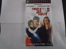 TWO GIRLS AND A GUY - ROBERT DOWNEY JR.VHS NEW