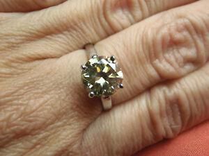 2.77 TW SI YELLOW GREEN ROUND MOISSANITE & DIAMOND SILVER RING SIZE 7.5 LOT 1057