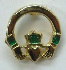 Irish Claddagh Round Lapel Pin in Gold Plate by OSC, St. Patricks Day, NEW