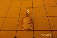 Vintage Set Shell Cameo Pin Brooch Pendant In Marked 14K Gold Frame
