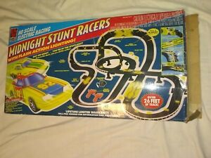 Life-like Racing Ho Scale Electric Racing Midnight Stunt Racers Used Tsted Works