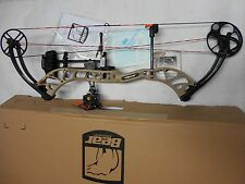 @NEW@ 2016 Bear Wild RTH Compound Bow Package! RH Sand 60-70lb.  24-31""