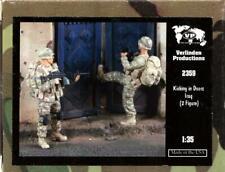 Verlinden 1:35 Kicking in Doors Iraq - 2 Resin Figures Kit #2359U