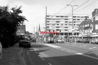 PHOTO  1990 NETHERLANDS DEN HAAG TRAM HTM GEESTBRUGWEG TRAM NOS 1142 ON ROUTE NO