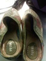 Fossil Olive Floral Clog Shoes Women's Size 7.5