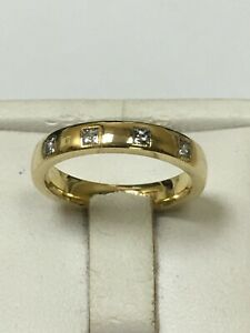 Lovely 18 Carat Yellow Gold PRINCESS DIAMONDS SET BAND ETERNITY Style Ring