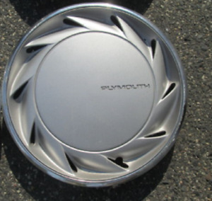 One factory 1991 1992 1993 Plymouth Acclaim Voyager 14 inch hubcap wheel cover