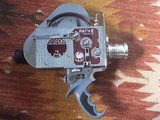 Caméra Pathé Super 16 N°6706 + objectif Berthiot Cinor 10mm f1.8