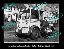 OLD POSTCARD SIZE PHOTO OF NEW JERSEY DUGAN BROS BAKERY DELIVERY TRUCK c1938