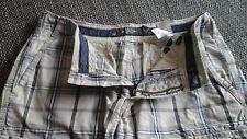 Herren Bermuda Shorts,L.O.G.G.,H&M,Gr.30,weiß-blau kariert.
