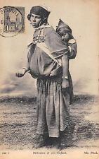 CPA ALGERIE BEDOUINE ET SON ENFANT
