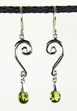 Ohrringe / Ohrhänger aus Silber 925 mit echtem Peridot / Sterlingsilber