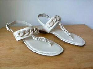 Wittner 'Cavannah' Size 41 / 10 Cream Leather Flats Sandal Thong Chain Off White