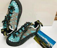 La Sportiva Women's Tarantulace Climbing Shoes, Size 6, Turquoise