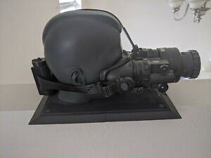 Call Of Duty MW2 Working Night Vision Goggles With Stand RARE Modern Warfare 2