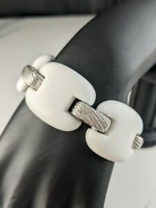 Lovely Vintage White Silver-tone Link Bracelet  by Trifari Jewellery