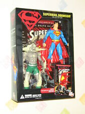 DC Direct Death of Superman vs Doomsday Action Figure Collector Set & Comic NEW