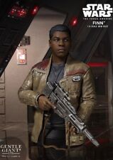 Gentle Giant Star Wars The Force Awakens Finn (Also in The Last Jedi) Bust New