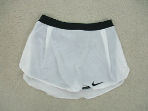 Nike Skort Womans Small White Black Drifit Casual Athletic Outdoors Ladies A44