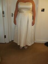 Satin wedding dress size 18W