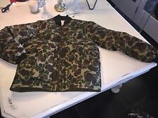Vtg mens S Trophy Club Camo Hunting Puffer Nylon Goose Feather Jacket Vest