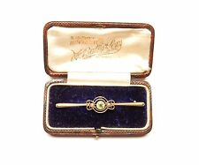 Peridot and Pearl brooch Antique 15 carat Gold Bar  original boxed