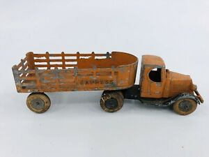 Vintage Tootsietoy #0801 Mack Double Axle Express Stake Truck Mfg 1933 - 1935