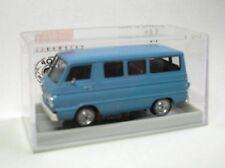 Dodge A 100 (Petit bus) bleu