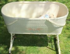 Vtg Hawkeye Quality Baskenette On Wheels Burlington Basket Co Bassinette Large