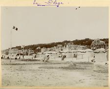 France, Vue de la plage et ses cabanes à Trouville, ca.1903, vintage citrate pri