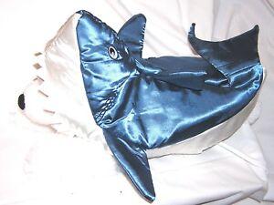 Animal Welfare League Benefit Costume Parade Halloween Dog SIZE XS BLUE SHARK