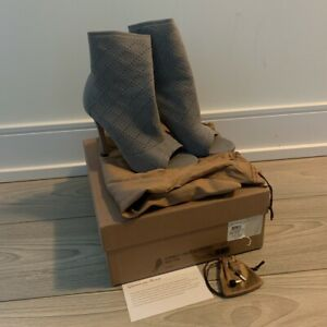 Gorgeous Gianvito Rossi 37 Fumi Knit Grey Open Toe-Like New, with box