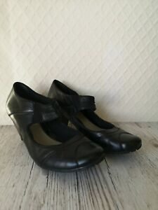 CLARKS Women's Size 4 Mary Jane Shoes Black Leather Smart Work Small Heel