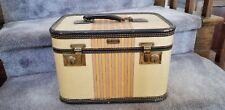 VINTAGE OSHKOSH CHIEF TRAIN CASE, SUITCASE, LUGGAGE, CIRCA1940