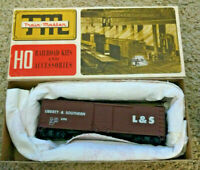 HO scale Trains Miniature TM Liberty Southern double door  Boxcar L&S 640