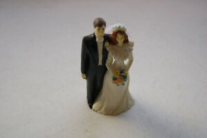 1991 Bride & Groom  Figurine Cake Topper EHW Wilton