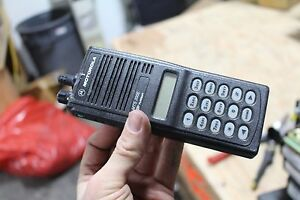 Motorola MTS2000   Radio Handie-Talkie H01WCH4PW1CN NO BATTERY