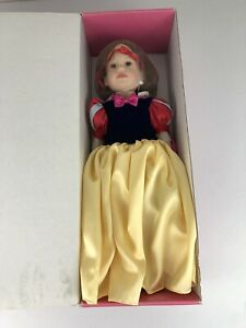 Vintage Marian Magic Attic Doll Heather NIB Rare Disney Snow White NEW