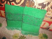 VINTAGE CANNON VELOUR IMPERIAL EMERALD GREEN SCROLL (2PC) BATH TOWELS 21 X 40