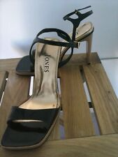 Jones the boot maker high heel strapy sandals in patent black leather size5