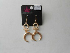 Paparazzi Earrings (new) MAJESTICALLY MOON CHILD #5000 - GOLD